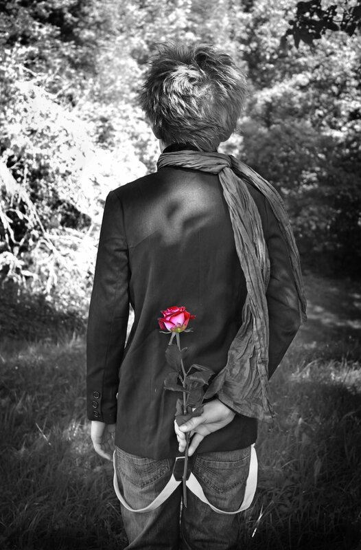 teo rose noir et blanc envoi