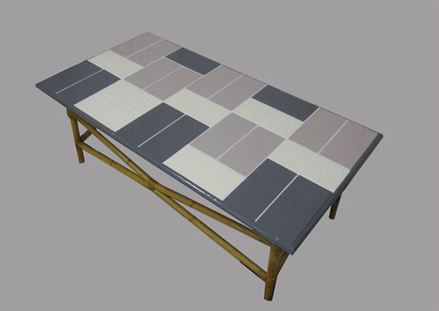 Julien table carrelage