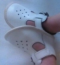 *Chaussures mixtes blanches, 17