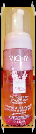 Eau_Moussante_Nettoyante_Eclat_de_VICHY