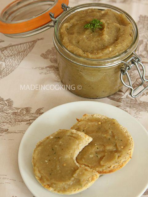 Conserve caviar aubergine