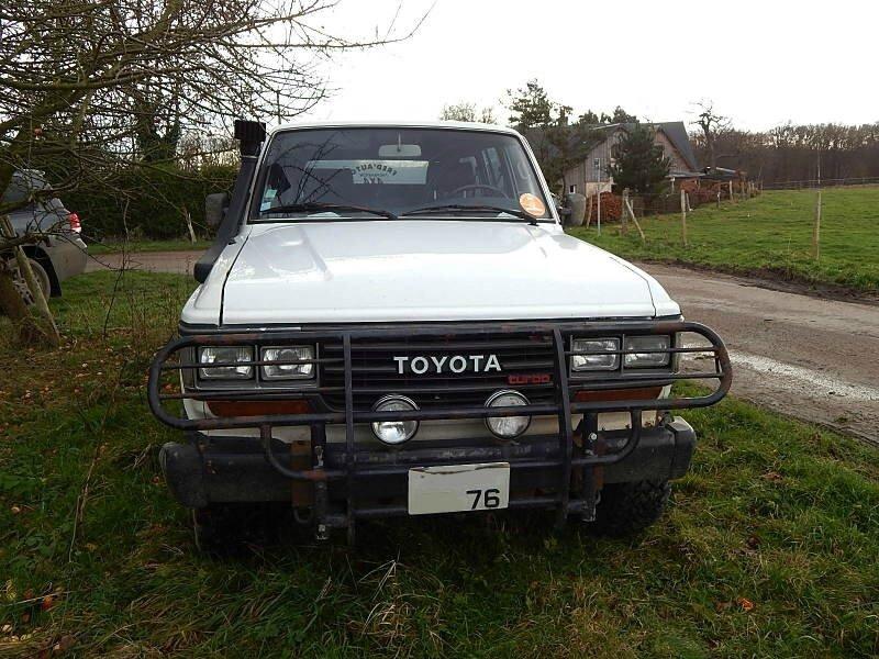 ToyotaHJ61av