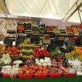 Un petit marché coloré...