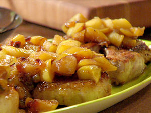 tm1652_pork_chops_with_apples_2_lg