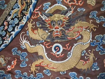 A_chestnut_silk_ground_embroidered_dragon_robe2