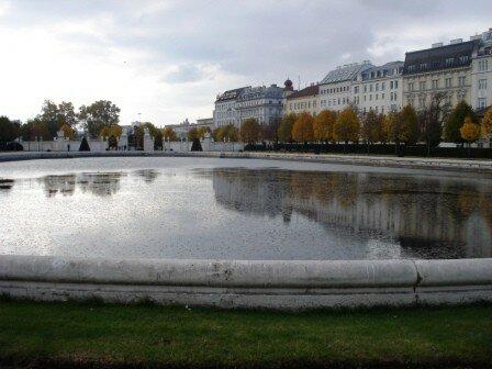 Bassin des jardins du Belvédère
