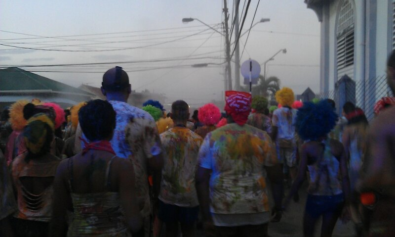 Mars_2014_carnaval_defile_trinidad