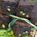 Brownie au chocolat, noix et pistaches