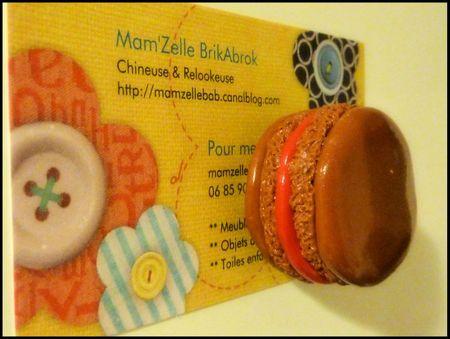 Magnet Macaron Moyen modèle Caramel Framboise