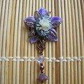 broche camé fleur violette