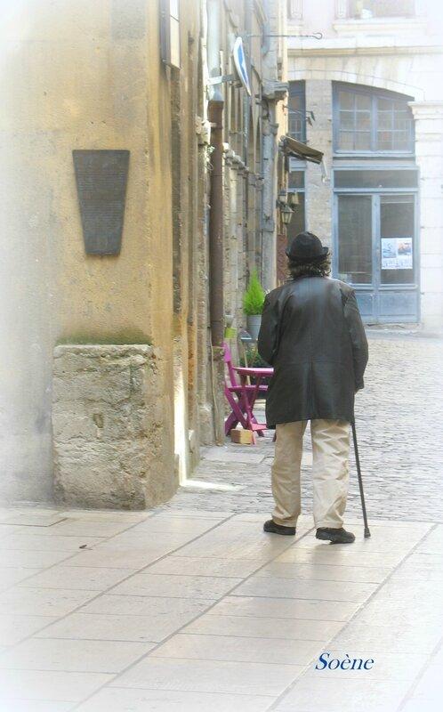 Scène de rue 1-Charlot-Vieux Lyon