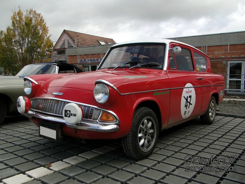 ford-anglia-deluxe-1965-1