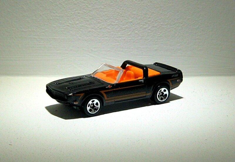 Shelby GT 500 convertible de 1969 (Hotwheels 2012)
