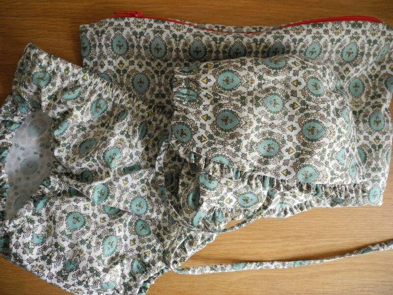 Patrons Bonnet Bébé/Liberty & C° et Culotte/MADE - Tissus Papi