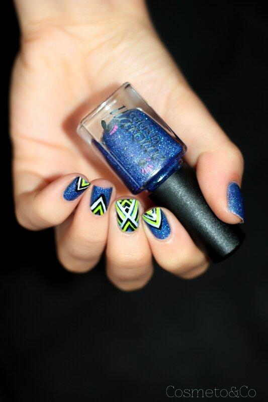 nail art colo by llarowe independance day graphique fluo triangle aztec-7