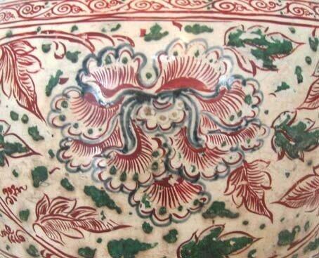 13. Vase 15e s. British Museum Pivoine