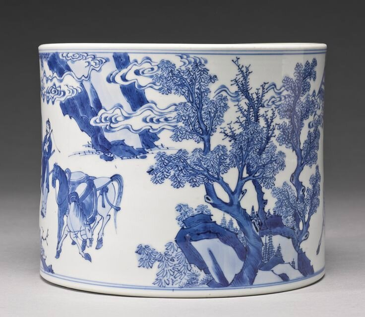 A blue and white brushpot (bitong), Qing dynasty, Kangxi period3