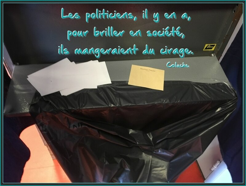 citation coluche les policitiens