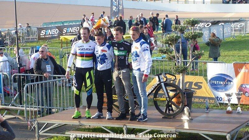 cou¨ron podiums (4) (Copier)