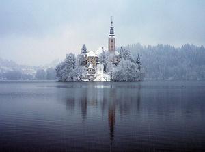 isla_de_bled_en_invierno