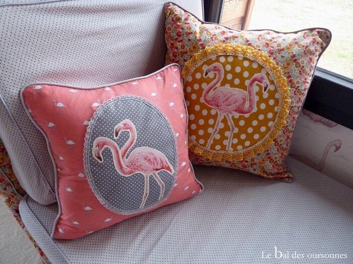 101 Blog Coussin Tissu Couture Flamant Rose Cabinet Curiosité