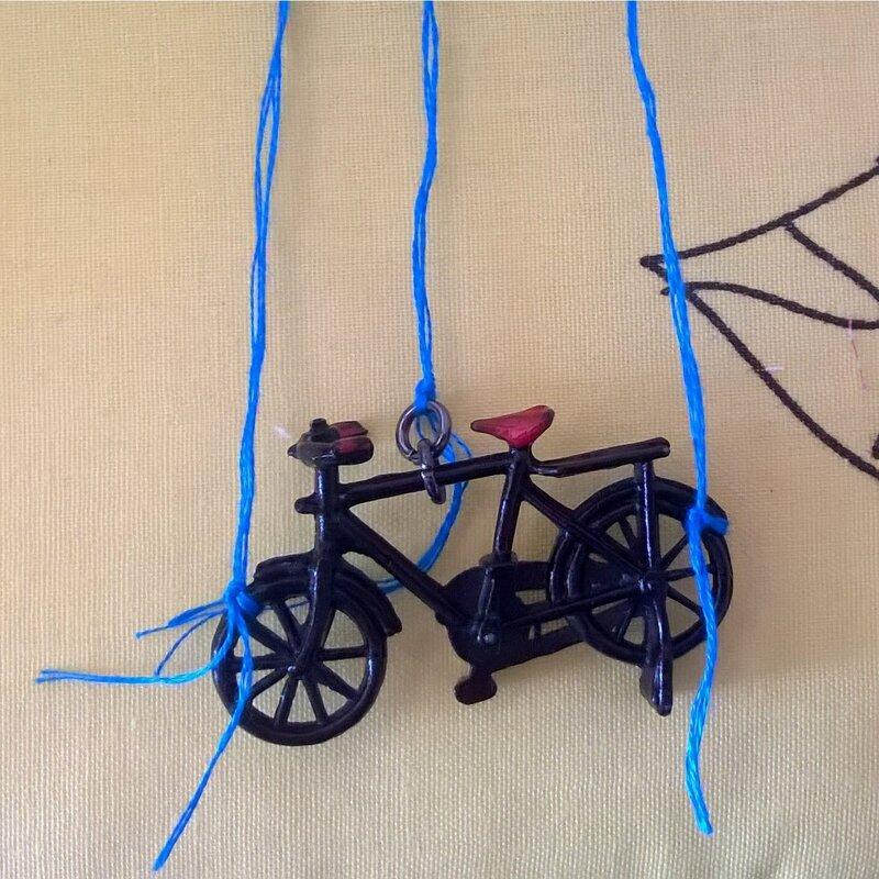 accrochez-votre-vélo-de-façon-équilibrée