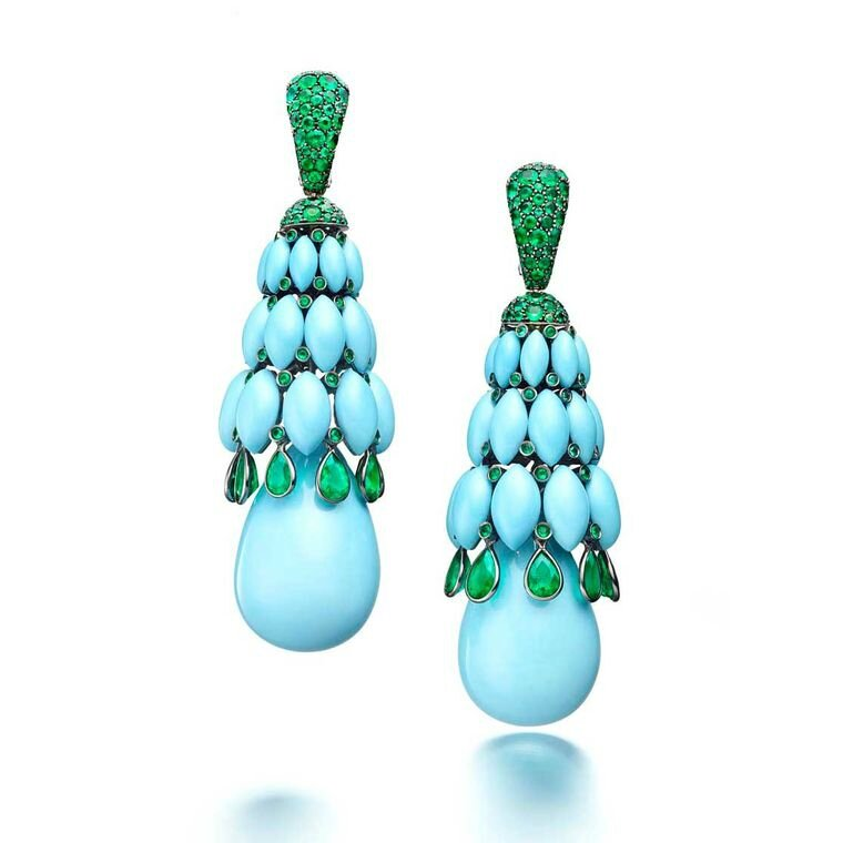 Turquoise and emerald drop earrings from de GRISOGONO's Melody of Colours collection.