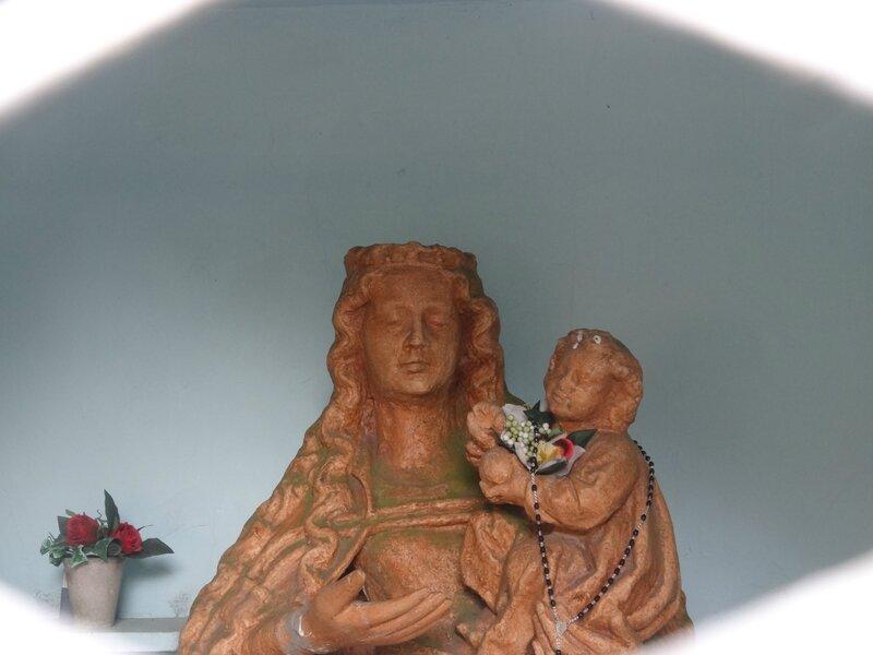 la statue de Notre Dame des Neiges