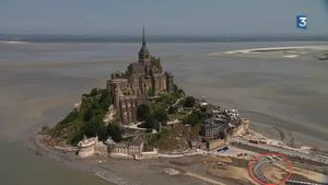 Tour de France 2013 le Mont-Saint-Michel portion route 150