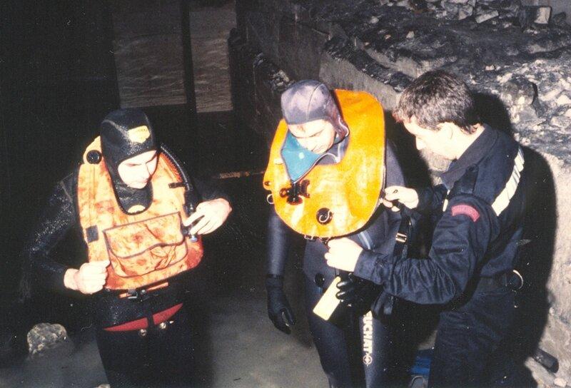 1992 02