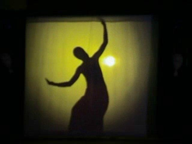 eGdmN3gxMTI=_o_danse-en-ombre-chinoise
