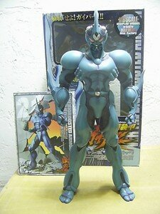 Guyver_12inch_special_with_comics