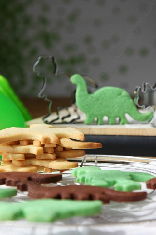 Biscuits Jurassic World