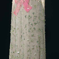 Cristóbal Balenciaga, robe du soir en soie ivoire et tulle vert pâle brodé, 1966