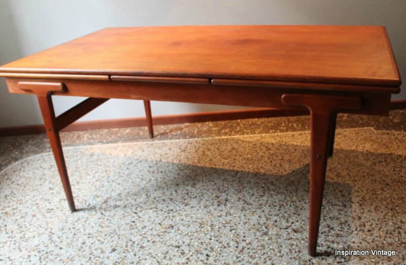 Table danoise 60 39 s inspiration vintage for Table scandinave a rallonge
