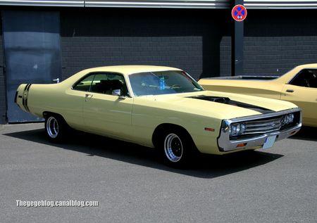 Chrysler newport 2 door hardtop coupé de 1970 (RegiomotoClassica 2011) 01