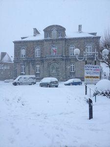 Avranches mairie neige 12 mars 2013