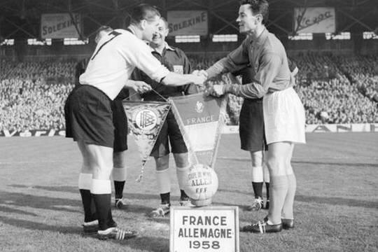 1958 France Allemagne Fanions