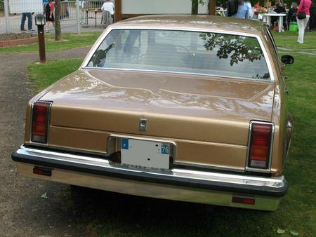 OldmobileOmegaSedan1981ar
