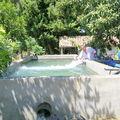 Le réservoir d'eau du verger