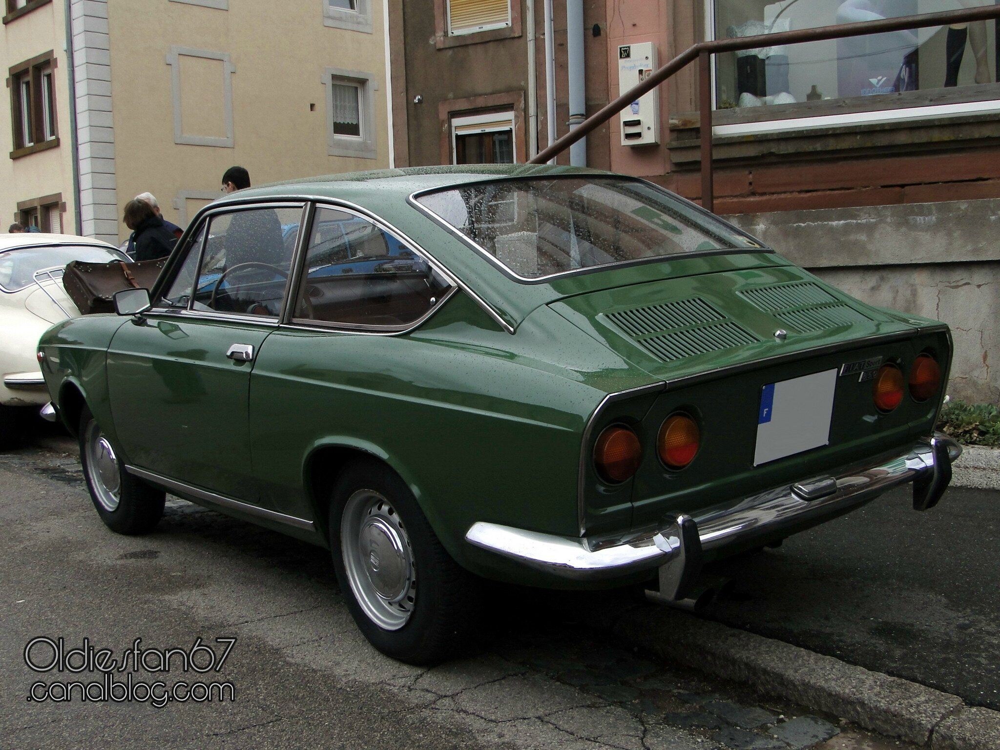 fiat 850 sport coupe 1968 1971 oldiesfan67 mon blog auto. Black Bedroom Furniture Sets. Home Design Ideas