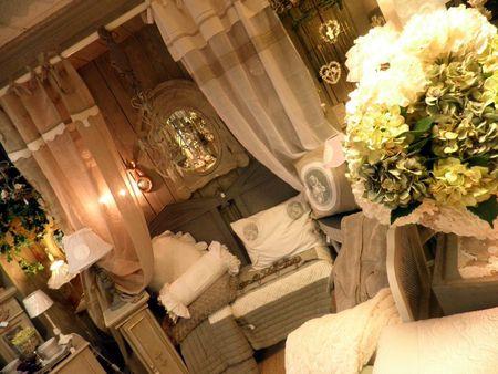 rideaux,tête de lit,hortensias,cage