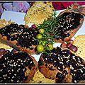 Toasts au confit d'olives au gingembre