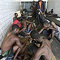 Des civils emprisonnés, Ou sont-ils passés ?