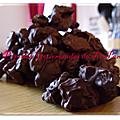 Cacahuètes caramélisées enrobées de chocolat