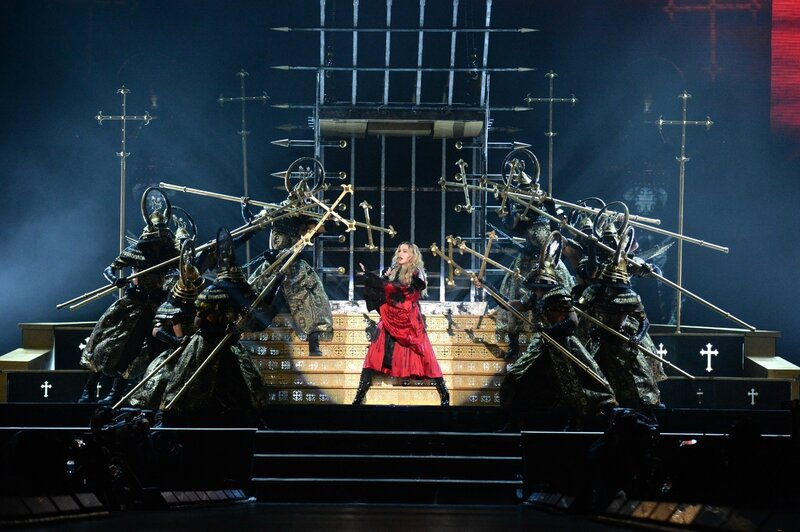 Madonna-Rebel-Heart-Tour-091515-7