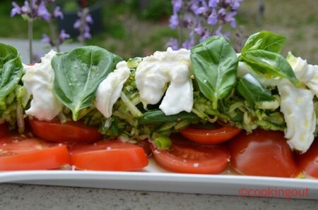 tomate-burrata-courgette-plat