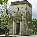Histoire & sciences occultes paris secret et codée de ses monuments