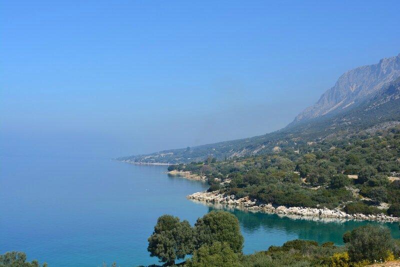 La côte entre Lefkada et Astakos