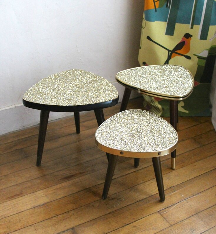 tables-tripodes-a-paillettes